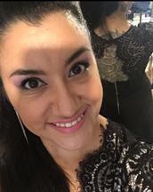 Ximena's tinder profile image on tinderstalk.com