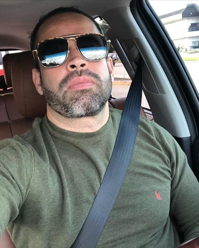 Rafael's tinder account on tinderstalk.com