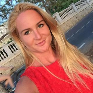 Ulrika's tinder account profile photo on tinderwatch.com