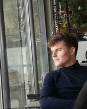 Benno's tinder account profile photo on tinderwatch.com