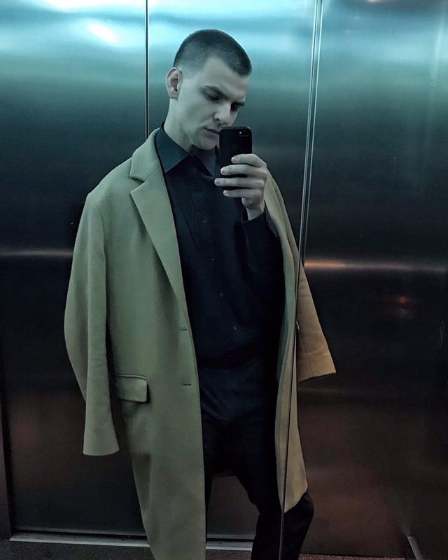 Артём's tinder account on tinderstalk.com