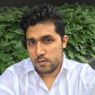 Sakib's tinder account profile photo on tinderwatch.com