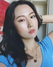 Dohee's tinder profile image on tinderstalk.com
