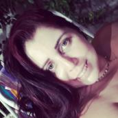 Renata's tinder profile image on tinderstalk.com