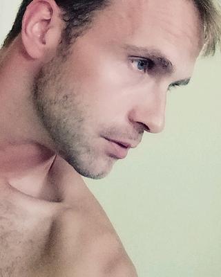 Riivo's tinder account profile photo on tinderwatch.com