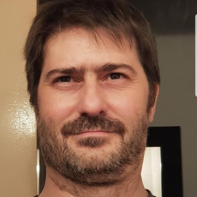 Brandon's tinder account on tinderstalk.com