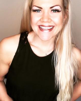 Kristin's tinder account profile photo on tinderwatch.com