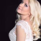 Ksenia's tinder account profile image on Tinderviewer.com