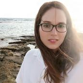 Neta's tinder profile image on tinderstalk.com