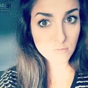 Melanie's tinder profile image on Tinderviewer.com