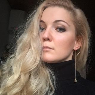 Viktorija's tinder user account on tinderstalk.com