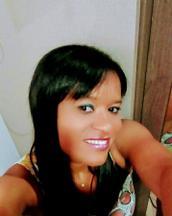 Adriana's tinder profile image on tinderstalk.com