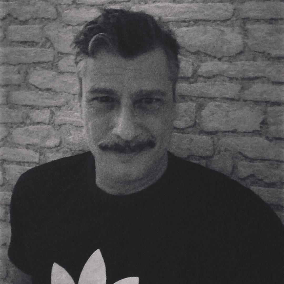 Haroldo's tinder user account on Tinderviewer.com