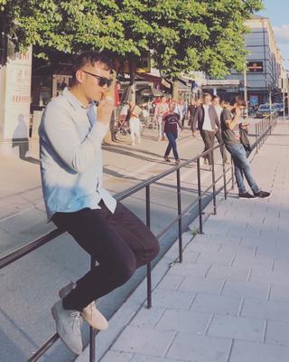 Guo's tinder account profile photo on tinderwatch.com