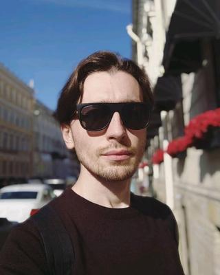 А's tinder account profile photo on tinderwatch.com