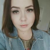 Olga's tinder profile image on tinderstalk.com