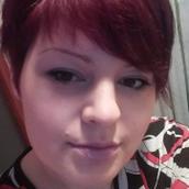 Ina's tinder profile image on tinderstalk.com