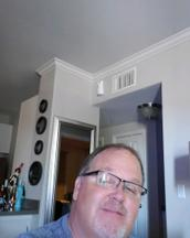 Darin's tinder profile image on tinderstalk.com