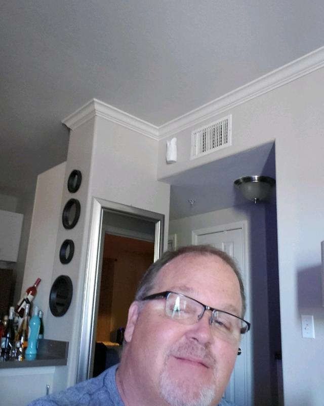 Darin's tinder account on tinderstalk.com