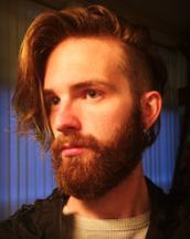 Joel's tinder profile image on tinderstalk.com