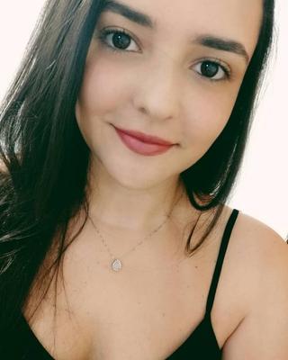 Bárbara's tinder account profile photo image on tinderwatch.com