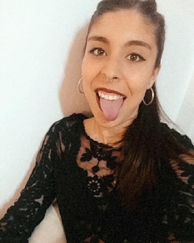 Valentina's tinder account on tinderstalk.com