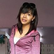Yesica's tinder profile image on tinderstalk.com