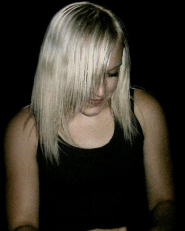 Lāsma's tinder account on tinderstalk.com