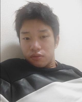 聡's tinder profile image on tinderwatch.com