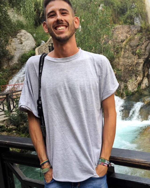 Jordi's tinder account on tinderstalk.com