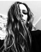 Yana's tinder profile image on tinderstalk.com