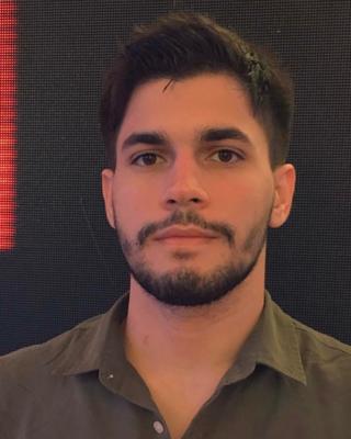 vinicius's tinder account profile photo on tinderwatch.com