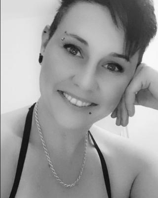 Maria's tinder profile image on tinderwatch.com