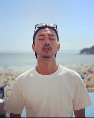 sh's tinder profile image on tinderwatch.com