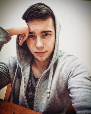 Андрей's tinder profile image on tinderwatch.com